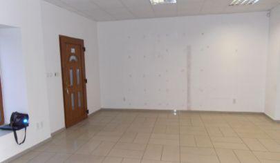 VRÚTKY NÁJOM priestor vhodný na služby 86m2, Centrum
