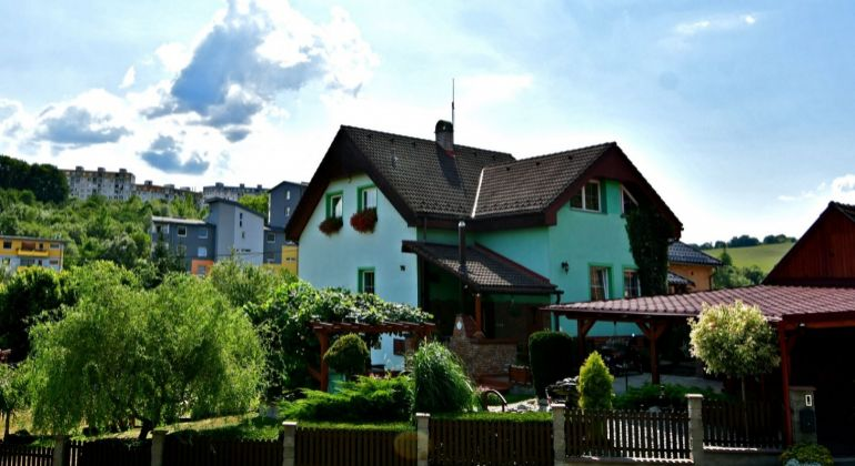 Predaj veľkého rodinného domu v TOP lokalite s pozemkom 1050 m2 - Žilina - Závodie