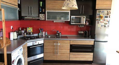 Predaj - nadštandardný 3 izbový byt (77 m2) s loggiou v Komárne