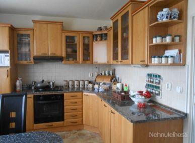 Maxfin Real - ponúka na prenájom 3-izbový byt v Nitre, Chrenová