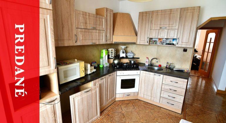 PREDANÝ: Predaj pekného 3i bytu na sídlisku Hájik - po rekonštrukcii