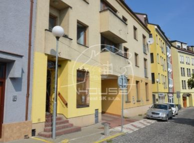 PRENÁJOM: nebytový priestor,  BA I – Staré mesto, Mikulášska ulica