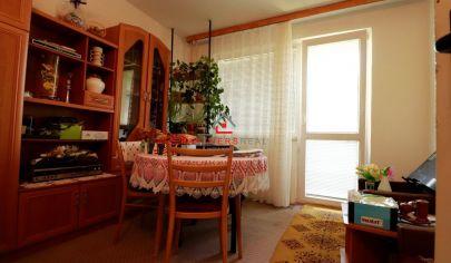 REZERVOVANÉ, 4 izbový byt s garážou,84m2,balkón, predaj, Košice-Západ, Terasa, Pokroku