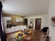 REZERVOVANÝ!! Veľký 2.-izb. TEHLOVÝ byt po kompletnej rekonštrukcii, 65m2, vlastné kúrenie, parkovanie v uzavretom dvore
