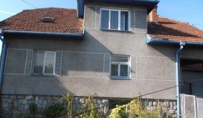 KRPEĽANY 6 izbový rodinný dom s dvomi byt. jednotkami, okr. Martin