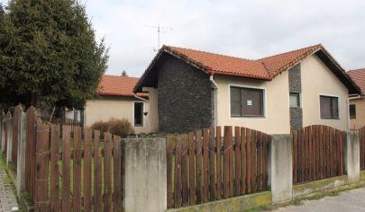 TOPOĽČANY 4 izb dom v pôvodny stav pozemok 750 m2, okr.Topoľčany