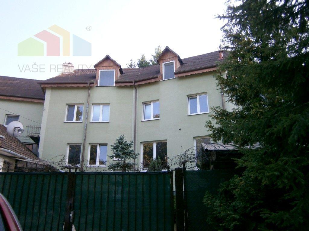 Rodinný dom-Predaj-Banka-299900.00 €