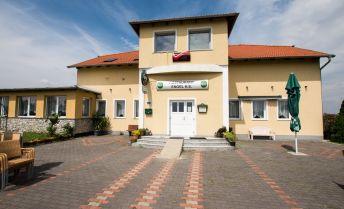 Na predaj zabehnutá reštaurácia s ubytovacími kapacitami pri Hainburgu !!!!