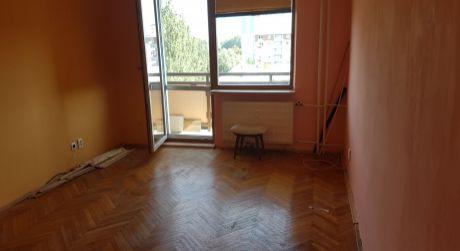 Na predaj 4-izbový byt s balkónom na ulici T.G.Masaryka v Nových Zámkoch