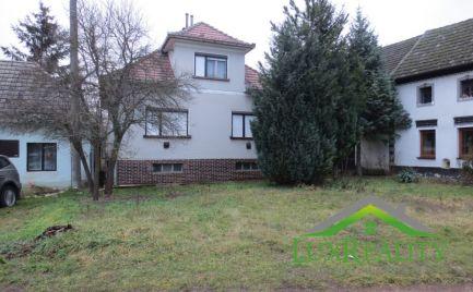 Rodinný dom, Bzince pod Javorinou - Hrušové