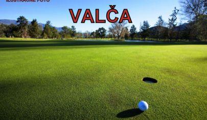 VALČA pozemok 1000 m2  na golfovom ihrisku.