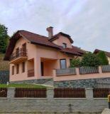 Ponúkame na predaj nadštandartný rodinný dom v lokalite Jelšové.