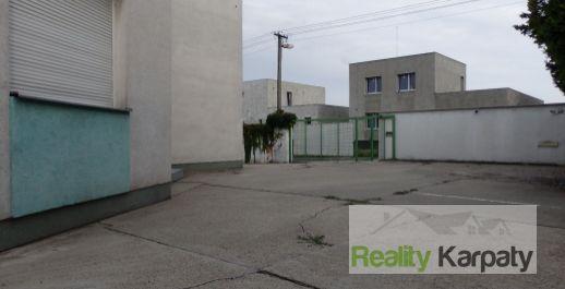 Na predaj pre bývanie/ podnikanie RD 111m2 + 2x plechová hala 76m2, BA-P.Biskupice.