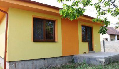 NOVOSTAVBA - OPONICE- 3 izb. RODINNÝ DOM - pozemok 500 m2, okr. Topoľčany