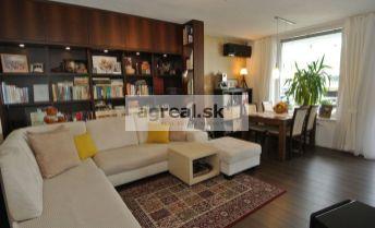 Predaj, exkluzívny 3.izb. byt (77.71 m2) v novostavbe Retro na ulici Nevädzova s veľkou loggiou (20,47 m2), Bratislava II – Ružinov