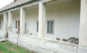 ponúkame na predaj rodinný dom v obci Kamenín