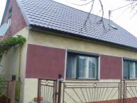 REALFINANC - Na predaj 3.-izb. rodinný dom s garážou, pivnica, pozemok 576m2, obec Hrnčiarovce nad Parnou