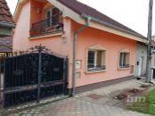 Rodinný dom 4 izb.  v Šenkviciach s balkónom a altánkom