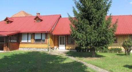 Rodinný dvojdom na trvalé bývanie alebo na chalupu Zlaté Moravce-Chyzerovce