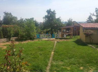 MAXFIN REAL- ZNÍŽENÁ CENA!  predáme krásny pozemok v Nitrianskych Hrnčiarovciach 338m2 s IS