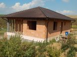 Predávame rozostavaný RD na pozemku 700 m2, Nitra Janíkovce