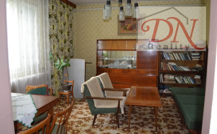 Exkluzívne u nás ! Predaj rodinného domu , pozemok 923 m2, Nitra - Chrenová