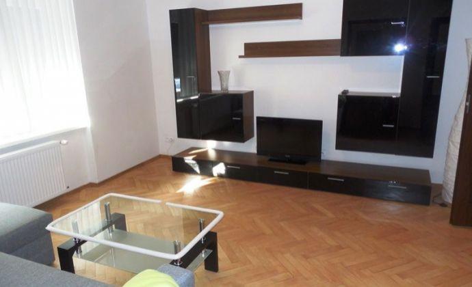 Komletne zrekonštruovaný 3izb. byt, 78,43 m2 s loggiou a garážou v Ružinove, Turčianska ul., BA II.