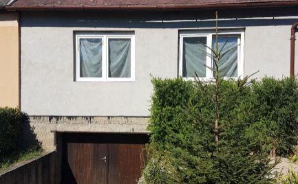 Predáme perfektný dom v Maďarskej Rajke za vynikajúcu cenu s priestranným pozemkom.