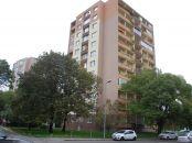 4-izbový byt v Ružinove, veľká lodžia, výhľad na Štrkovec