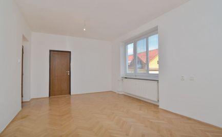 Na predaj 2,5 izb. byt na čapajevovej ul., 59 m2, 3/3 P
