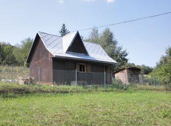 Chata s pozemkom 705 m2, Zborov nad Bystricou