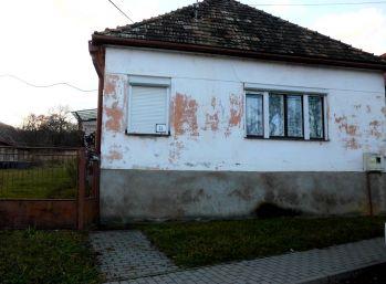 Rodinný dom - chalupa Hradište, okr. Poltár