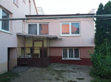 AKTUÁLNE - PREDAJ - rodinný dom na veľkom pozemku 2726 m2 / Suchá nad Parnou
