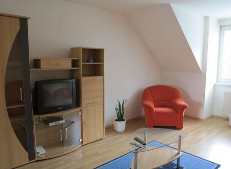 Prenájom 4 izb. bytu pri mestskom parku v Piešťanoch