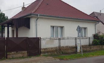 Rekonštruovaný 3i rodinný dom s nadštandardnou garážou/hospodárskou budovou na podnikanie