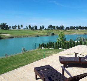StarBrokers - PREDAJ: Atraktívny 5-izb. bungalov pri jazere oproti golfu, Hrubá Borša - okr. Senec