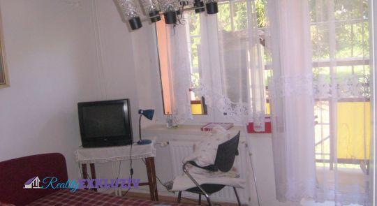 Na predaj 3 izbový byt Hnúšťa, časť Likier