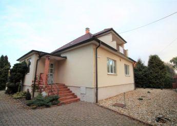 Dom na predaj v centre Nitry, súkromné parkovanie, pozemok 870 m²