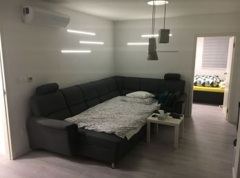 EXKLUZÍVNE - Luxusný 3 izb. byt oproti štadiónu Ondreja Nepelu