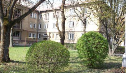 MARTIN NÁJOM zariadený 2 izbový byt 50m2, Štúrovo nám.