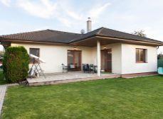 Sládkovičovo (GA): Predaj 4izb RD bungalov úžit.p. 120m2 + garáž 26m2_výstavba 2004_pozemok 998m2