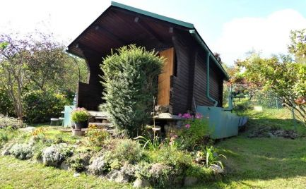 Záhradná chatka na slnečnom pozemku, 400 m2 - Brezno