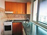 PREDANÉ - SENEC - Predáme priestranný 3 izbový byt s balkónom a pivnicou vo vyhľadávanej lokalite v Senci na Sokolskej ulici blízkosti centra