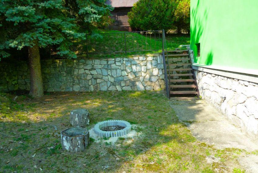 Predaj chata, drevenica, zrub Hradište-2