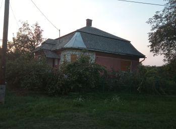 Predáme tehlový, rodinný dom - Maďarsko - Göncruszka