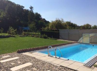 PREDAJ : Rakúsko / Wolfsthal / 5-izbový rodinný dom pod lesom s bazénom