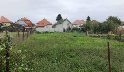 Pozemok v Kolárove