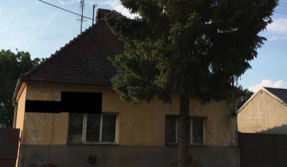 Rodinný dom s pozemkom v Senici
