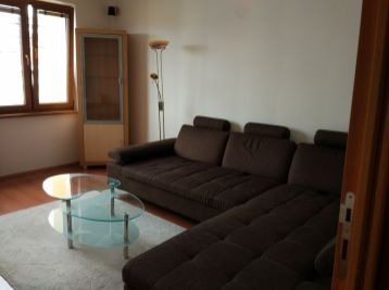 3 izbový byt na začiatku Petržalky