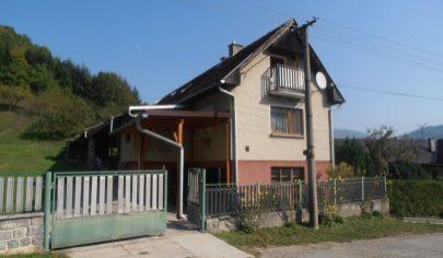 Konské rodinný dom na pozemku 2143 m2. okr. Martin